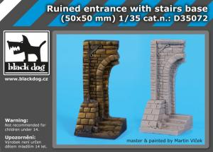 Black Dog Ruined Entrance With Stairs Base (50x50mm)