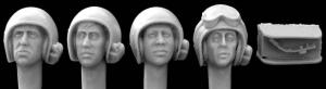 Hornet Models 4 Heads with Vietnam AFV Helmets Mikes