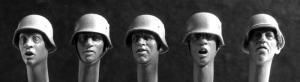Hornet Models 5 Heads with German WWII Helmets