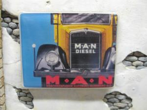 "Reality in Scale Real Enamel Sign ""MAN"" - 39x49mm"