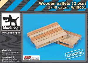 Black Dog Wooden Palets