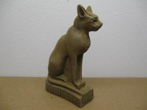 Reality in Scale Egyptian Bastet Statue - 1 resin pc. Statue is 8cm tall