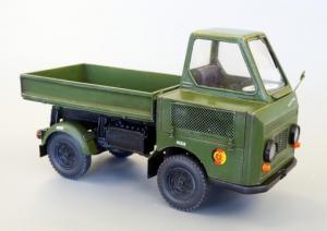 Plus Model Multicar M-22