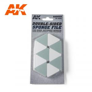 AK Interactive DOUBLE SIDED SPONGE (SEMI-GLOSS EFFECT / FINE POLISHING)