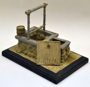 Reality in Scale Large North African Well - 8 resin pieces, brass rod & miniature rope