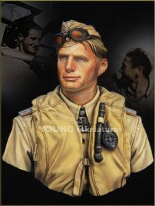 Young Miniatures Luftwaffe Pilot North Africa WWII