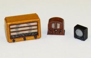 Plus Model Old radios