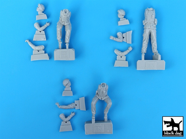 Black Dog Defender Wolf - British Crew 3 fig. Afghanistan (HBB)